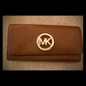100% AUTHENTIC Michael Kors Brown Leather Wallet